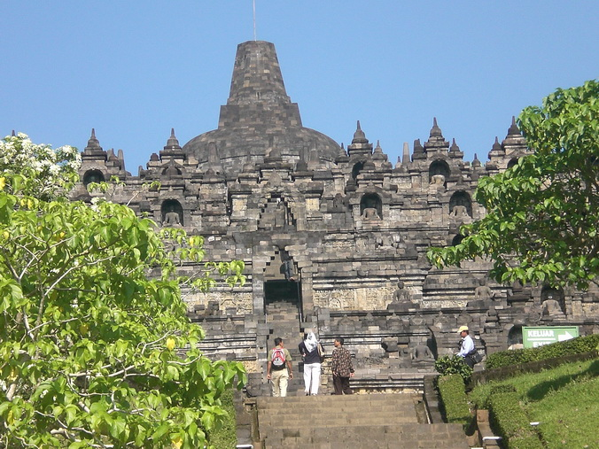 Poor Richard Gere, visiting Borobudur this weekend, must have been ...