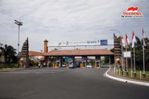 NGURAH-RAI-AIRPORT-main-gate-3051