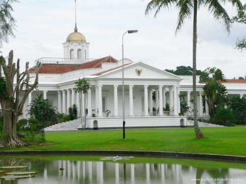 Now Will President Sby Open Bogor Palace To Yasmin