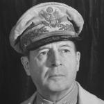 Douglas-MacArthur-9390257-1-402