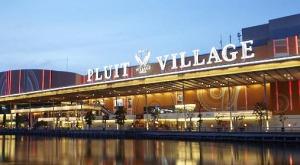 pluit-village