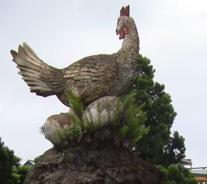 chicken-statue