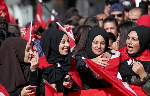 TURK women berlinEY-DIPLOMACY