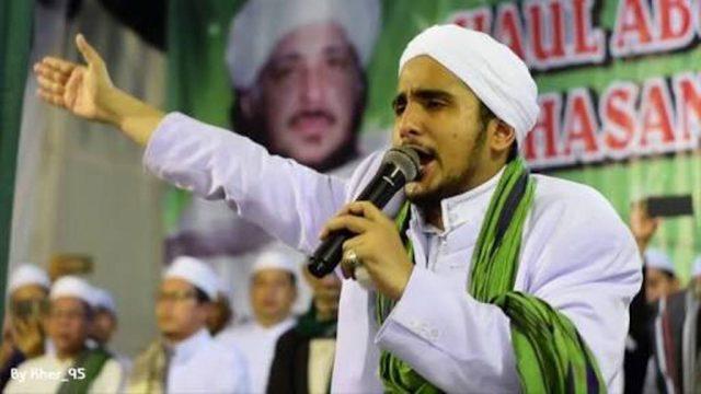 Reuni 212, Habib Hanif Ajak Kibarkan Jutaan Bendera Tauhid dan Merah Putih